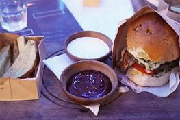 Paje B4 Burger
