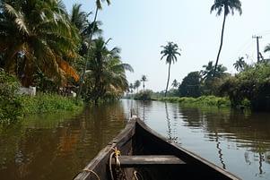 Kerala Backwaters Boot und Fluss