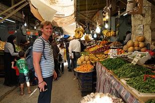 Amman Markt Matthias beim Obst