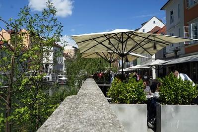 Ljubljana Fluss Cafe