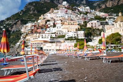 Amalfiküste Positano Strandliegen