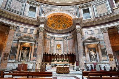 Rom Pantheon Altar