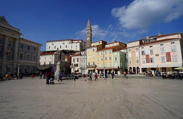 Piran Tartini Platz und Kirche St. Georg