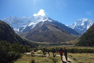 Salkantay Trek Wandergruppe Weg Berge