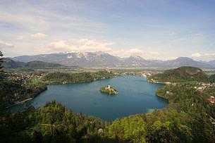 Bled See mit Insel vom Aussichtspunkt
