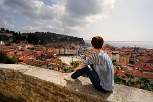 Piran Franzi Blick auf Stadt Kirchenmauer