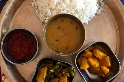 Nepal Essen Dal Bhat III