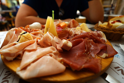 Bologna Salumeria Platte