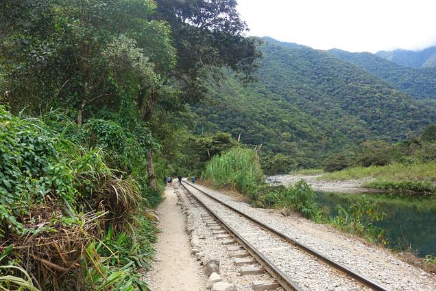 Peru Salkantay Trek Bahnschienen