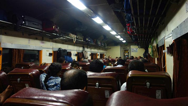 Indien Zugfahren AC Chair Class
