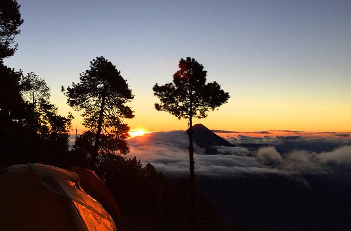 Antigua Vulkan Wanderung Sonnenaufgang mit Zelt