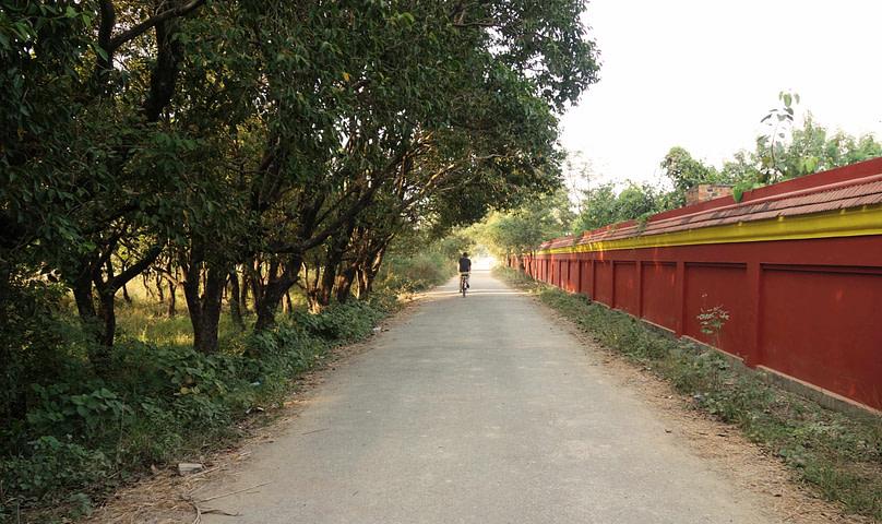 Lumbini mit Fahrrad
