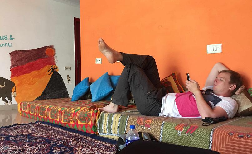 Agra Hostel Matthias chillt