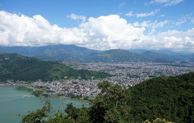 Pokhara Blick auf Stadt