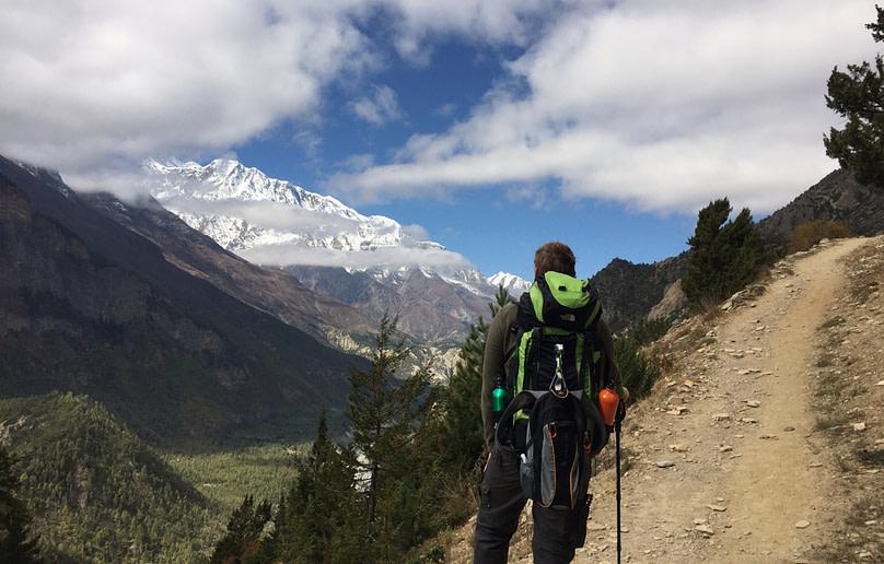 Annapurna Circuit Matthias vor Berg Ghyaru