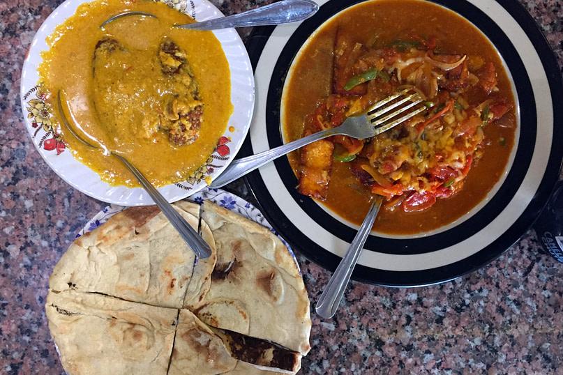 Indien Essen Curry mit Naan