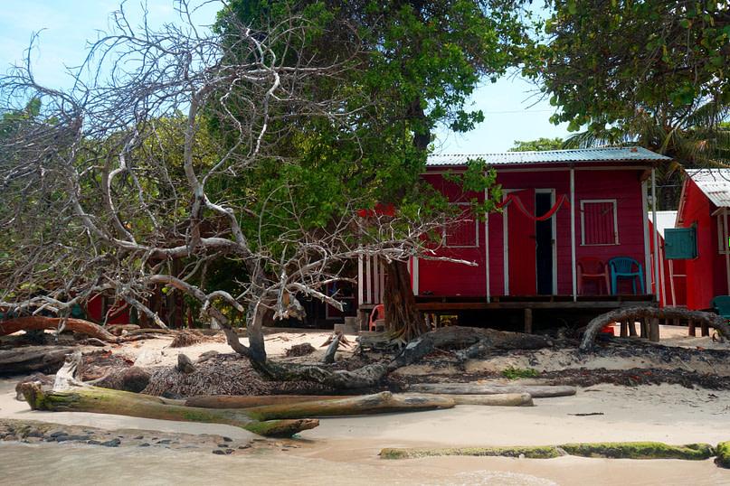 Little Corn Island Carlitos Hütte am Strand