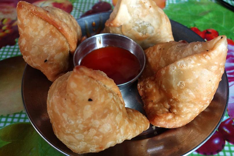 Nepal Essen Samosas