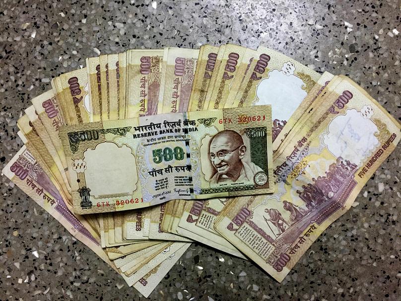Indien Finanzkrise Geldscheine